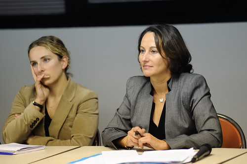 Ségolène Royal et Delphine Batho à l'écoute des familles monoparentales