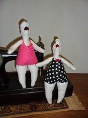 Tildas gorduchas. (DasMaria) Tags: doll handmade boneca tilda bonecadepano banhista gorducha
