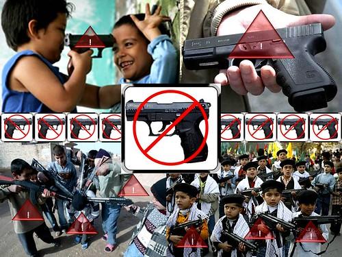 Armas De Fuego. Niños con Armas de Fuego