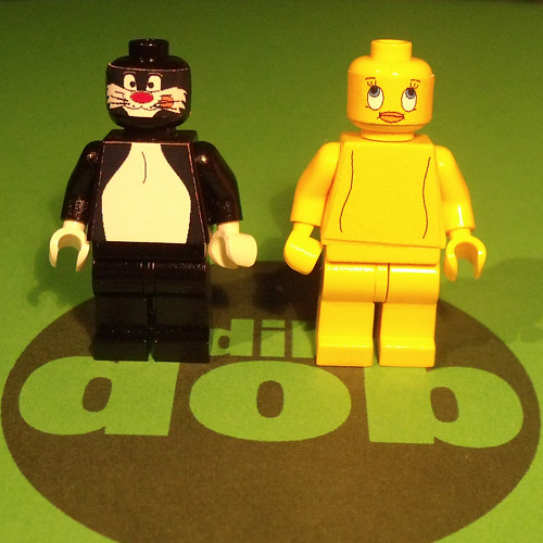 Tweety And Sylvester Minifigures