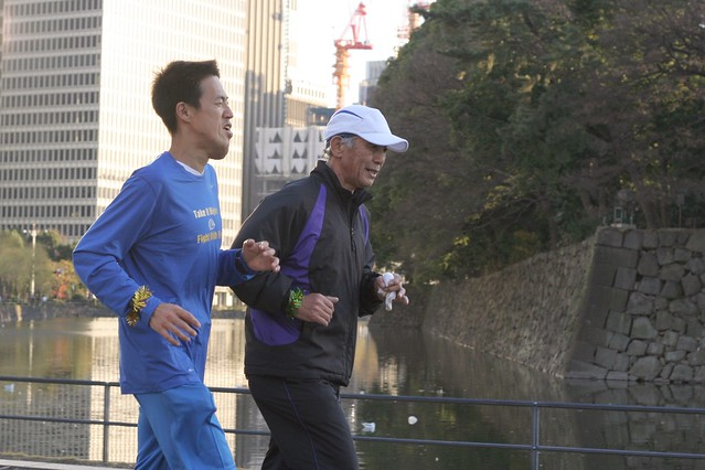 2011 Jan 08 : One for One, Koukyo marathon