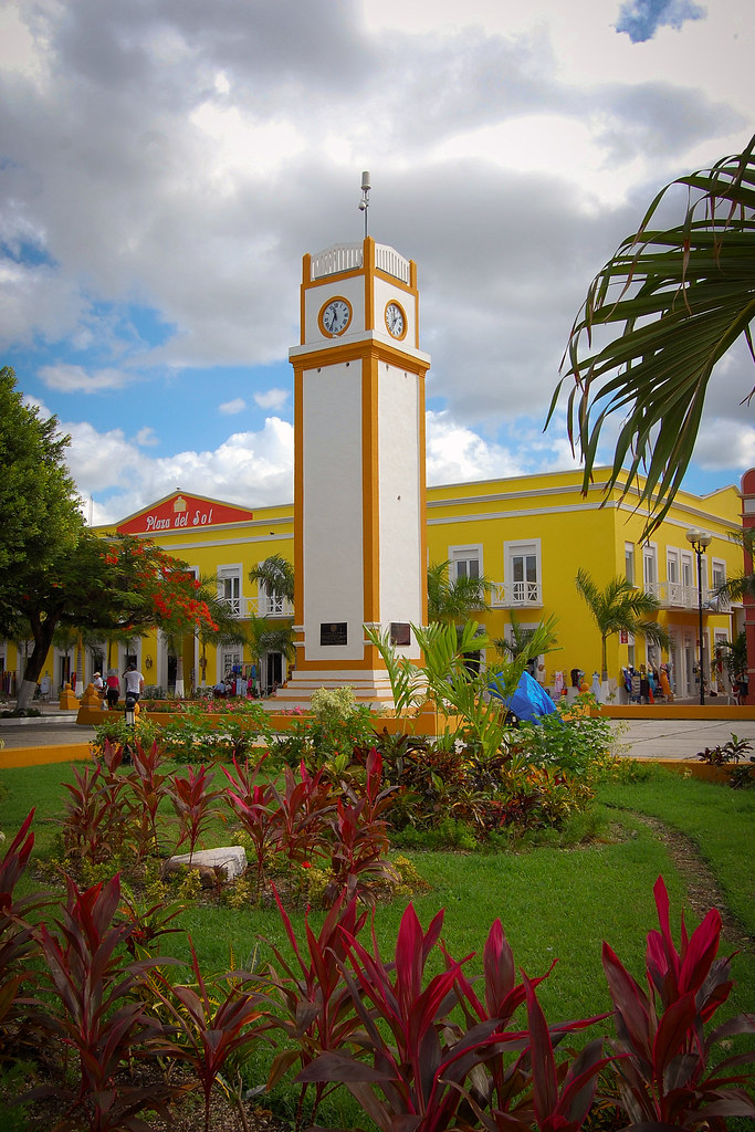 Cozumel_Town_Square