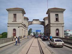 Ponte Internacional Barão de Mauá - lado uruguaio (Vagner Eifler) Tags: uruguay ponte riobranco fronteira uruguai