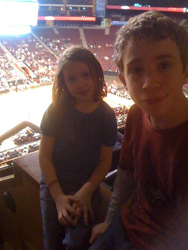 Ben and Tessa at the Harlem Globetrotters