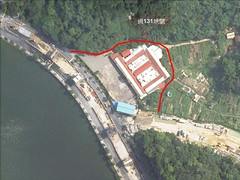從空照圖中,可以看見南基地即為房舍座落處,地號131道以紅線標示。