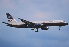 25by - British Airways Boeing 757-236; G-BIKP@ZRH;17.05.1998 (Aero Icarus) Tags: plane airport aircraft flugzeug britishairways avion slidescan zrh zürichkloten boeing757 reupload gbikp landorcolours