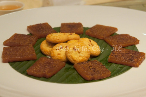 Pan Fried Traditional Rice Cake & Hazelnut Cookies