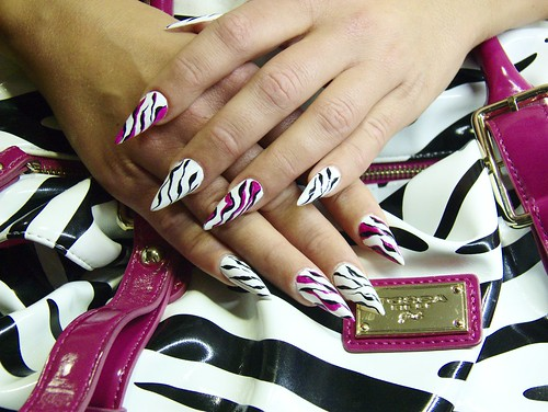Pink Zebra (műköröm / artificial acrylic nails)