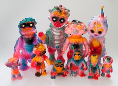 'Hawaii' colour toy collection (fun9us) Tags: bear people mushroom monster standing walking toy toys japanese hawaii flying smog model king m1 go attack mother mini fungus hawaiian terror disc crawling masa kaiju maza gargamel hedorah m1go charactics hedoran matango hedolan zollmen butanohana pepora