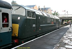 D832 at Bury ELR Sept 2016 (Ado Griff) Tags: d832 onslaught class42 maybach dieselhydraulic brtype4 boltonststationbury elr