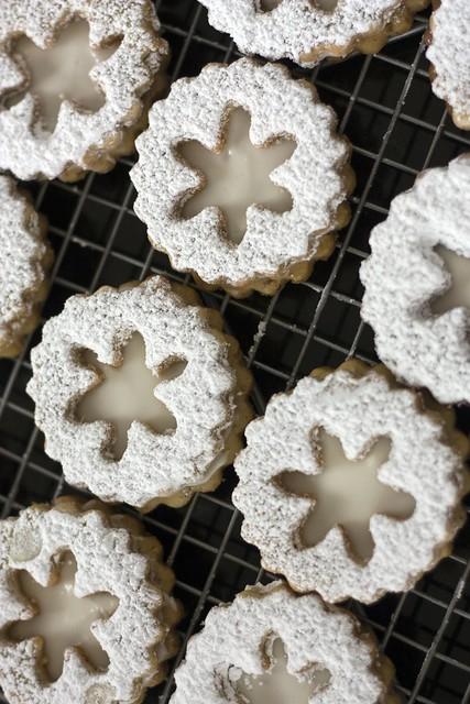 Eggnog Snowflake Linzer Cookies