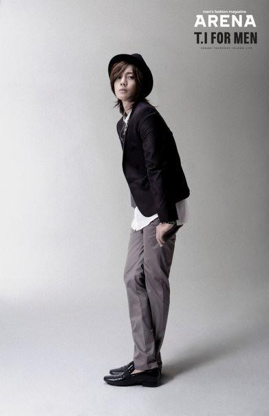 Kim Hyun Joong Arena TI For Men 2009/05