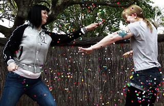 confetti-web