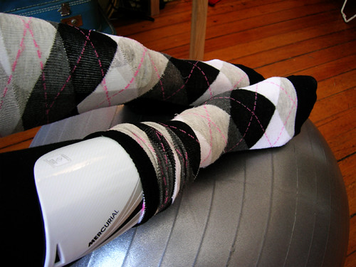 nike mercurial lite iii shin guards