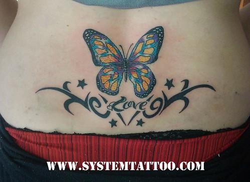 tattoo mariposas. tattoo mariposas Maku