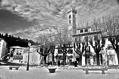 "Fiesole - Piazza Mino innevata - HDR • <a style=""font-size:0.8em;"" href=""http://www.flickr.com/photos/49106436@N00/5279939691/"" target=""_blank"">View on Flickr</a>"