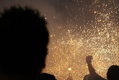 Correfoc (gemicr69) Tags: barcelona light party espaa fire luces spain fiesta sony devils catalonia movimiento catalunya fuego alpha festa espagne moviment barcellona catalua barcelone llums diablos foc espanya a300 catalogne diables dimonis dslra300 mygearandme joangarciaferre gemicr gemicr69