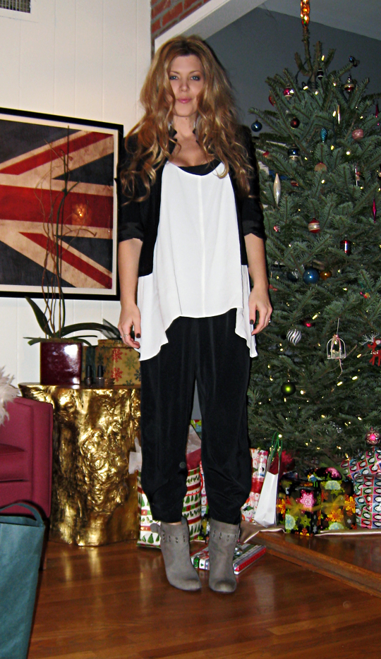 what I wore on Christmas eve+black and white and gray