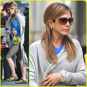 Jennifer Aniston fashion Gucci sunglasses