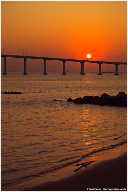 2011First Sunrise