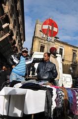 divieto di accesso (steulot) Tags: street candid mercato catania sicilia divieto immigrazione