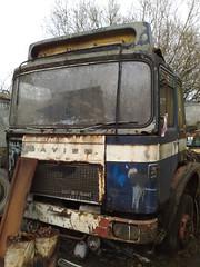 130120111661 (uk_senator) Tags: yard truck sm lorry breakers scrap 32 wrecked hertfordshire 240 herts 32240 saviem uksenator