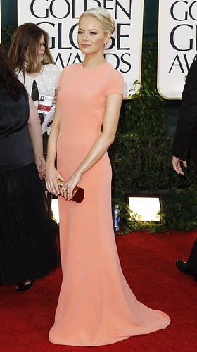 emma stone globes 2011. Celebrity Style: Emma Stone| Golden Globes 2011. 18 Jan. Emma Stone looked gorgeous. Loved her minimal yet bold peach Calvin Klein dress.