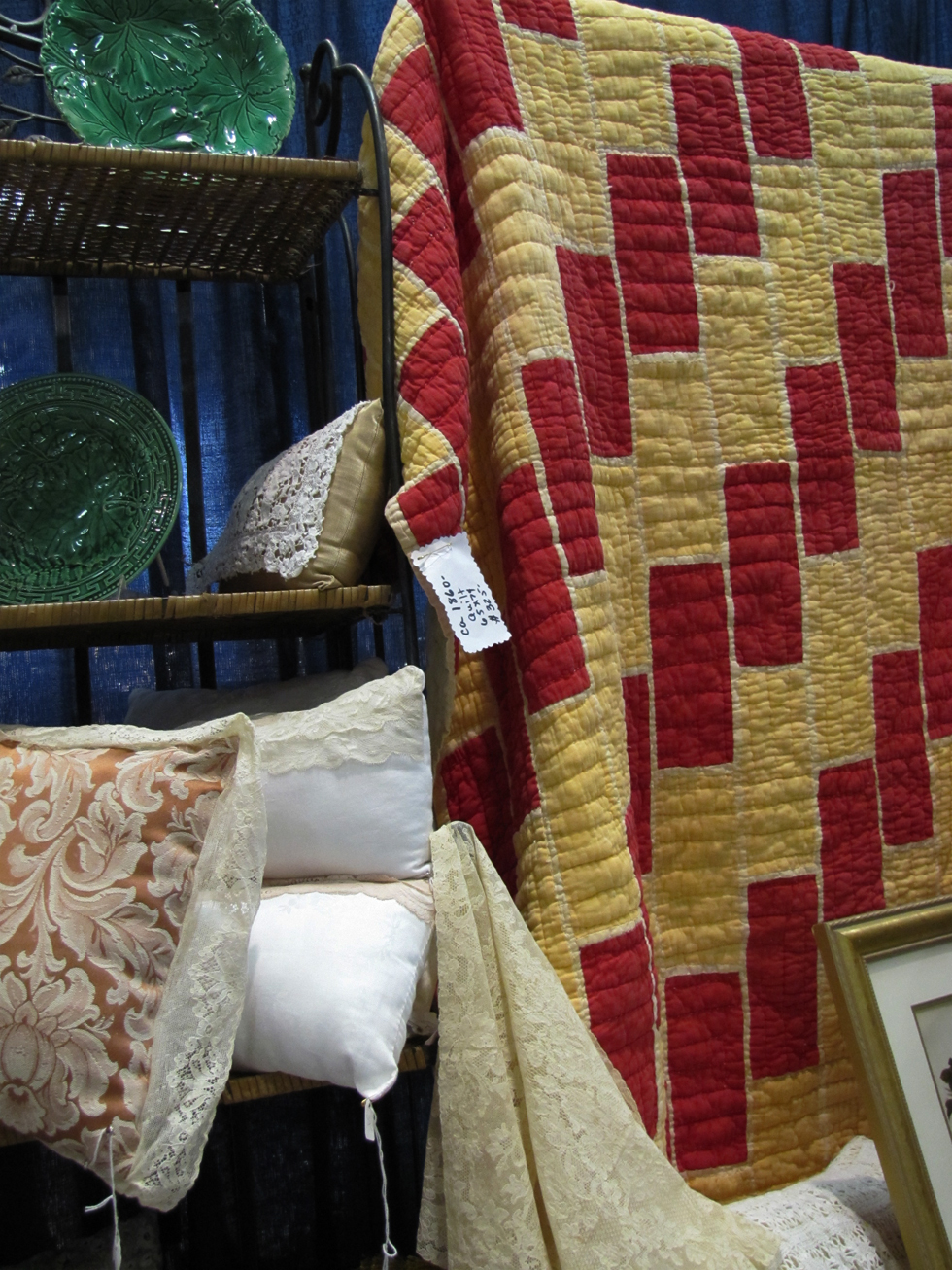 Vintage Quilt at Antique Show