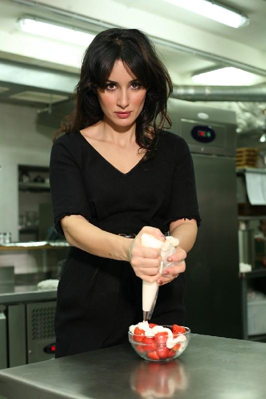 Тина Канделаки фото на кухне