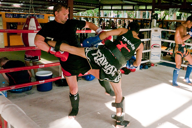 student and trainer sparring in Muay Thai Thailand