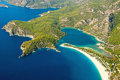ldeniz / Blue Lagoon Parasailing (talipcetin) Tags: ldeniz bluelagoon paradise parasailing fethiye mula deniz tatil gezi spor sea holiday travel sports kum burnu belcekz plaj beach blue water turkuaz doa nature orman forest tree pine yzmek swim honeymoon balay 12 adalar islands turkey trkiye turkish turquie trkei anadolu anatolia