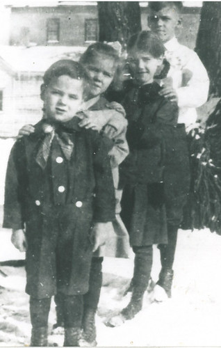 Great-Grandpa Spencer and his siblings.