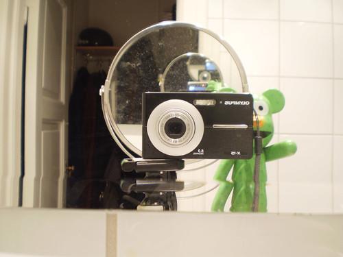 46/52 - mirror shot