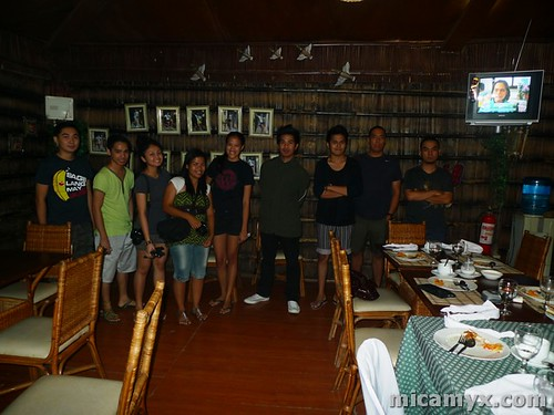 Travel Bloggers.. and Miss Earth 2008 Candidates Photos at the back