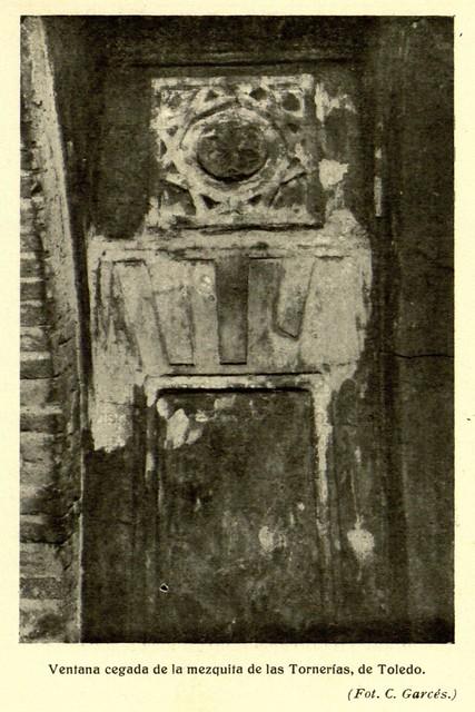 Mezquita de Tornerías, publicada en 1914, ventana, C. Garcés