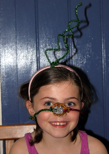 Reindeer pipe cleaner face :-)