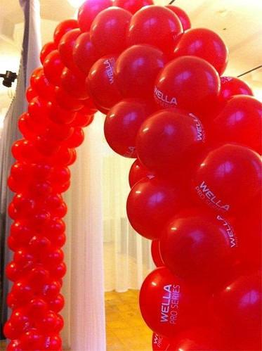 Ballonboog 6m met Bedrukte Ballonnen voor Wella bij de van Nelle Fabriek Rotterdam