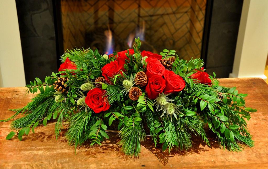 A Classic Christmas ArrangementA Classic Christmas Arrangement