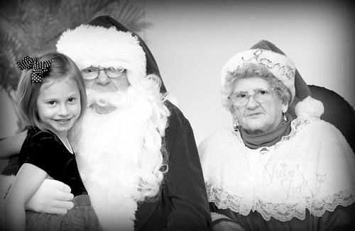"Hannah Santa ""Mrs. Clause"" December 2010 ""6 years old"""