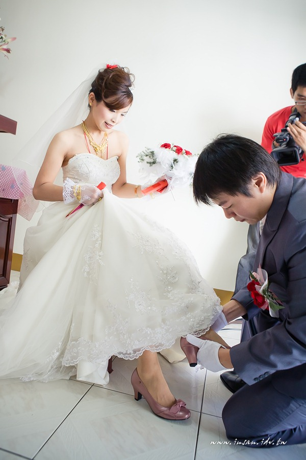 wed101012_294