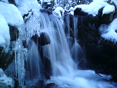 Frozen Waterfall (eyair) Tags: park christmas xmas ireland winter dublin snow ice waterfall icicle icicles rathfarnham marlaypark marlay ashmashashmash