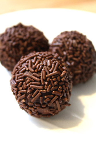 Recipe Review: Canadian Living's Really Good Rum Balls