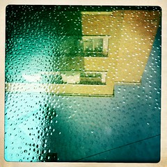 (Fioraisalreadytaken) Tags: people reflex acqua riflessi boh luoghi riflettere flectere