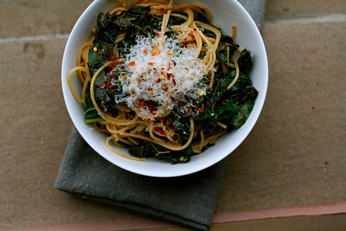 Spaghetti with Braised Kale