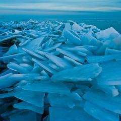Blue ice (ErikAnna) Tags: netherlands sunsetsunrise noordholland waterland ijs ijmeer uitdam winter2010 kruiendijs netherlandsnoordholland