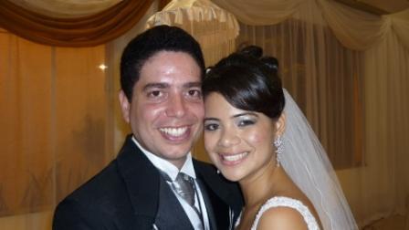 Os noivos Rosemilli Mayara Silva e Franco Morette de Azevedo