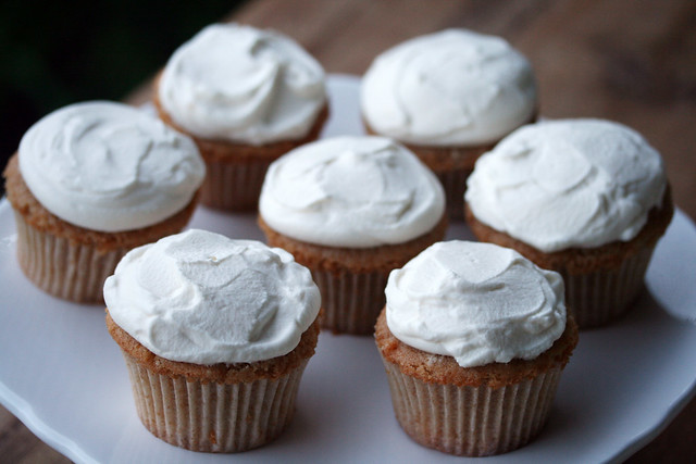 Earl Grey Milk Tea Cupcakes