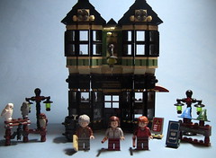 10217 LEGO Diagon Alley - Olivander's Wand Shop ([Renegade]) Tags: shop alley lego wand harry potter diagon 10217 olivanders brickjet
