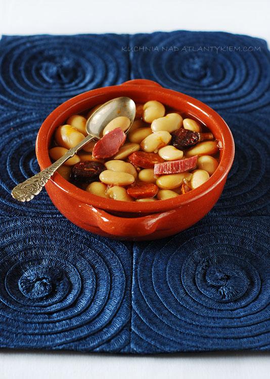'Fabada' (Asturian bean stew)