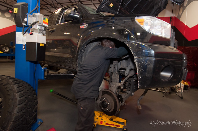 Russ Weimer installing Fox Racing coilovers on 2010 Tundra